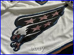 2001 CCM NHL Center Ice Game Issued Jersey Washington Capitals Jeff Halpern 54