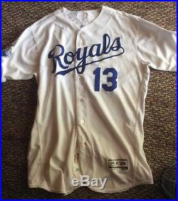 2016 Royals Game Issued Jersey White No. 13 (Perez)