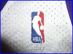 #34 RAY ALLEN 2001-02 MILWAUKEE BUCKS WHITE GAME-ISSUED PRO-CUT SIGNED JERSEY 48