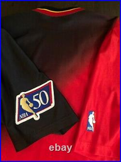 Atlanta Hawks Game Issued Warmup Shirt sz L Jersey Pro Cut Champion Vintage team