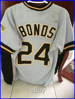 Barry Bonds game used/worn/issued 1990 road jersey. One year style