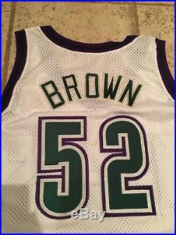 Champion Chucky Brown 96-97 Bucks game issue/worn white home jersey, 50+4