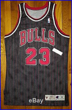 rtmfdh Chicago Bulls 1995-1996 95-96 Michael Jordan Game Issued Jersey 46