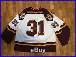Game worn / Issued University of Minnesota Nike Hockey Jersey Golden Gophers