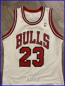 Michael Jordan Chicago Bulls Game Issued Jersey Sand Knit 86-87 44 Pro Cut NBA