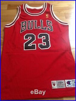 Michael Jordan UDA Upper Deck 96-97 Champion Game Issued Gold Logo Signed Jersey