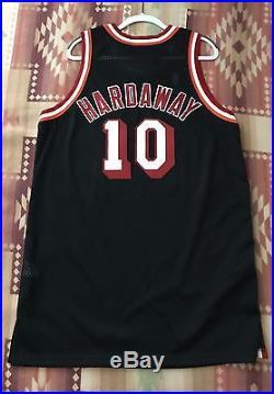Nike 1997-98 Tim Hardaway Miami Heat Game Issued Jersey James Wade Bosh