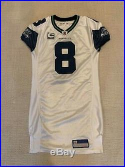 Seattle Seahawks Matt Hasselbeck autographed Game Used/Worn/Issued Jersey withCOA